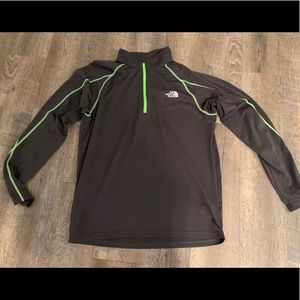The North Face Flash Dry gray and green half zip